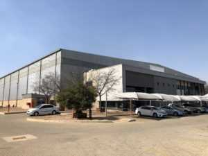 Jet Park Warehouse To Let