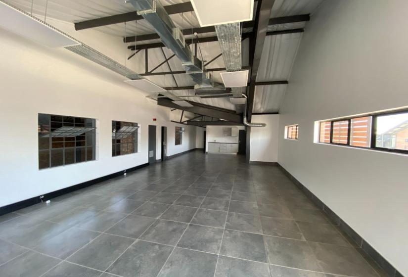 75 Riversands Boulevard, Fourways, Gauteng, ,Warehouse,To Let,Riversands Outlet Park ,Riversands Boulevard,1379