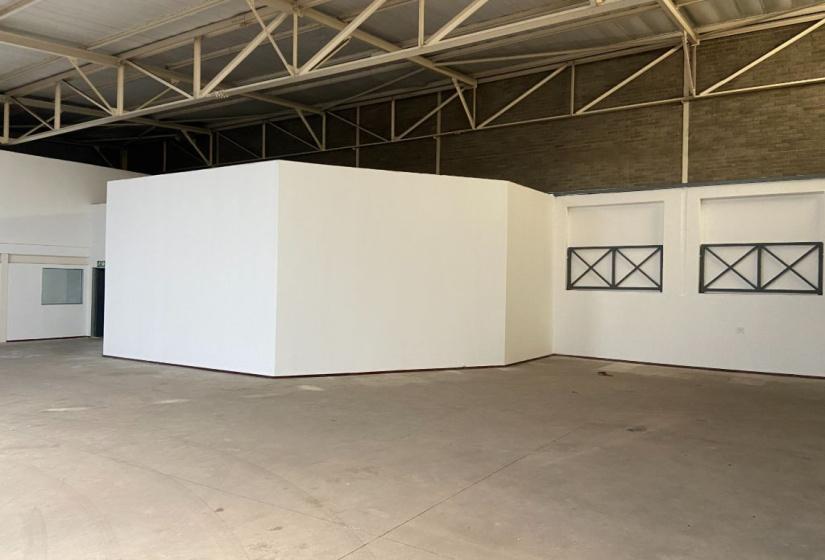 Corner Richards Drive and Suttie Avenue, Halfway House, Gauteng, ,Warehouse,To Let,Gallagher Corner,Suttie Avenue,1388